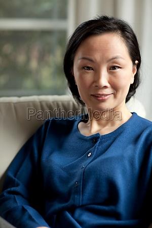 frauen orientalische asiatische grossmutter mutter aeltere