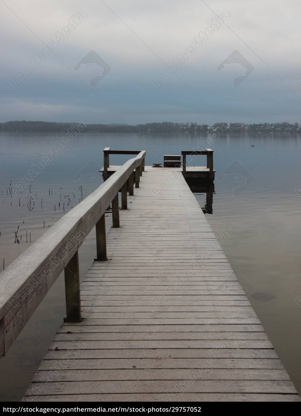 empty, pier, with, wooden, railing, in - 29757052