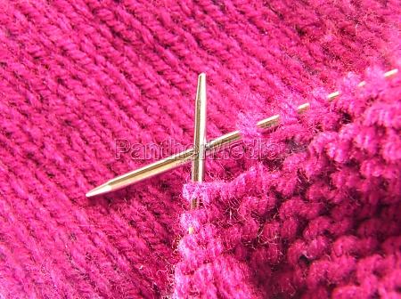 pink, knitting - 29758031