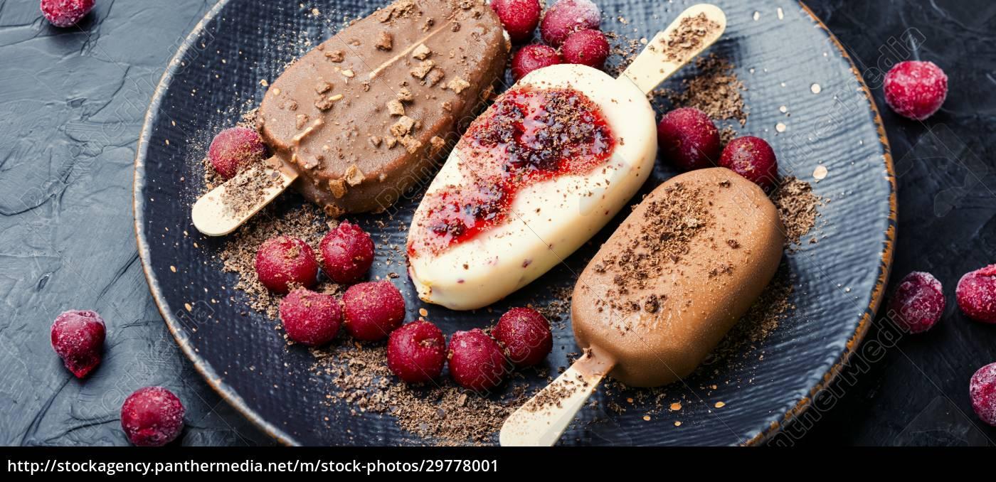 chocolate, ice, cream, on, a, stick - 29778001