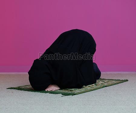muslim, woman, namaz, praying, allah - 29802158