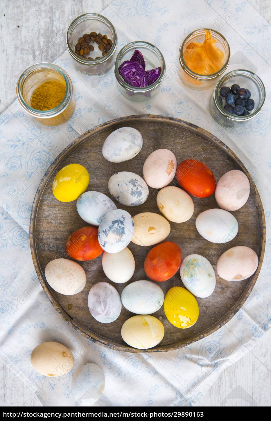 colourful, easter, eggs, on, a, plate - 29890163