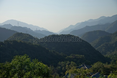 great, wall, of, china, in, hilly - 29903785