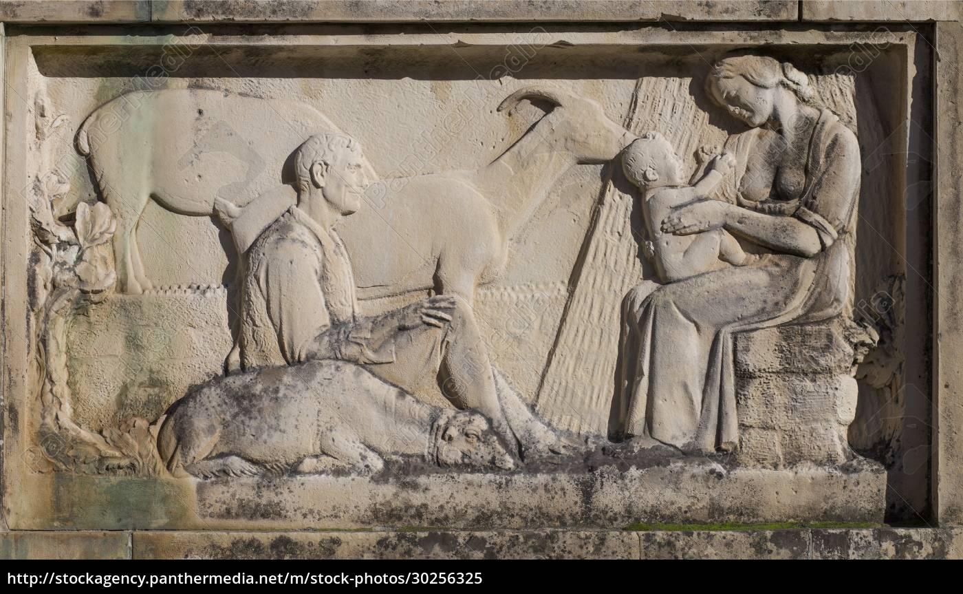 jose, maria, gabriel, y, galan, monument. - 30256325