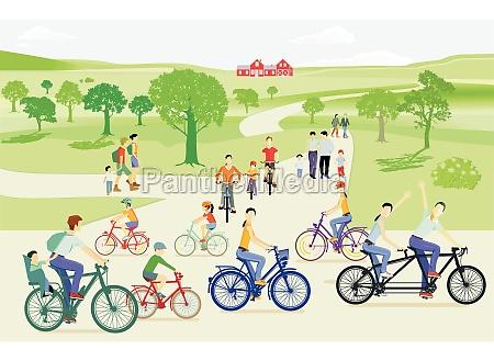 familienausflug mit dem fahrrad in der