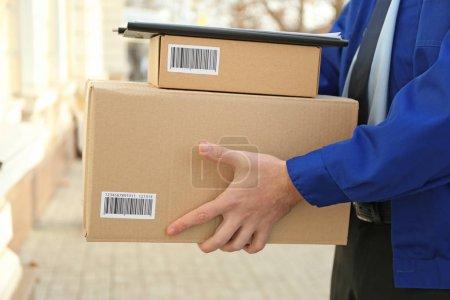 Einkaufen, Rudel, Paket, Einzelhandel, Nahaufnahme, Kunde - B136742822