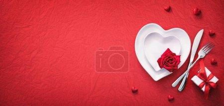 tisch, rot, hintergrund, stellen, geschenk, form - B329926912