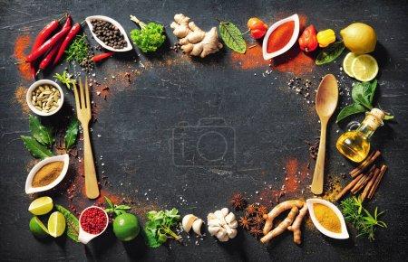 Tisch, Hintergrund, farbenfroh, Kräuter, Blatt, Ingwer - B377035310