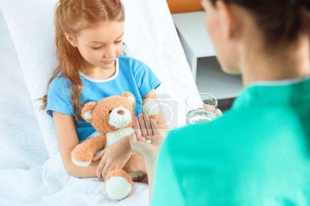 jung menschen jugend kaukasisch kind medizin