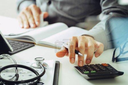 weiss computer geld unternehmen finanzen gesundheit