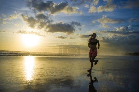 Sport, Aktivität, Himmel, schön, glücklich, Reflexion - B192471444