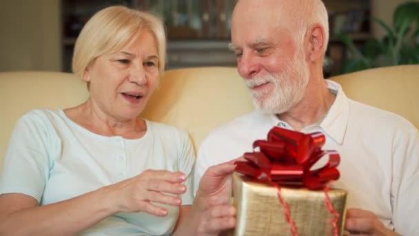 rot geschenk jahrestag geburtstag box feier