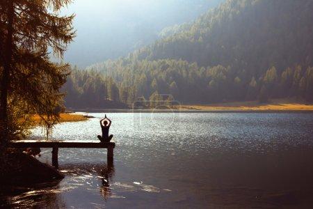 Freizeit, Lebendig, Himmel, Glücklich, Reflexion, Person - B32648173