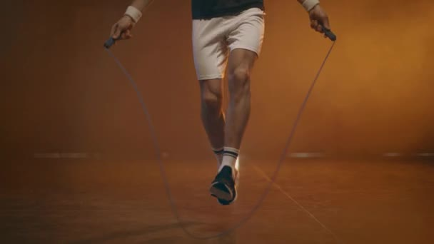 freizeit aktivitaet erwachsene mann beleuchtung springen