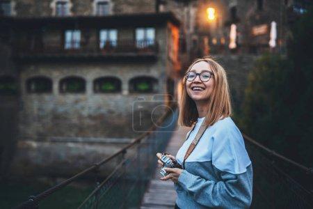 spass urlaub reise maedchen weiblich jung