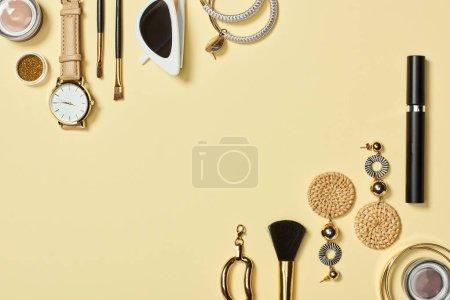 gelb, Objekte, Hintergrund, niemand, Schönheit, Stil - B241906222