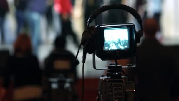 Video B98118198