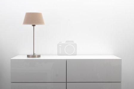 tisch weiss objekt design kopie raum