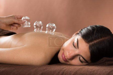 Glas, Schön, Halten, weiblich, Jung, Erwachsene - B72571475